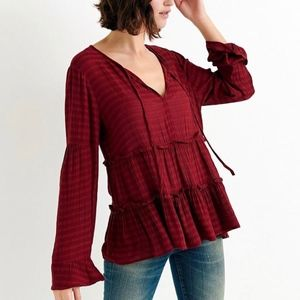 NWT Lucky Brand Tiered Peasant Top